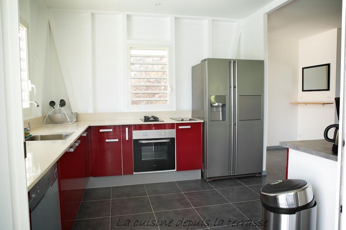 8-la-cuisine-depuis-la-terrasse-1
