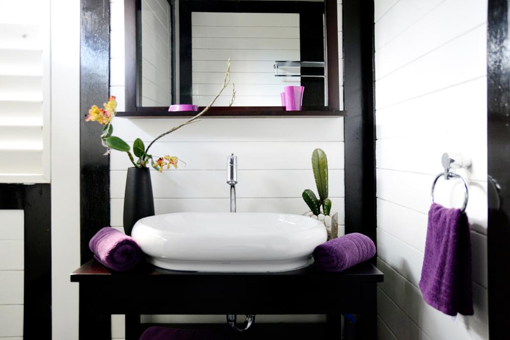 salle-de-bain-location-villa-martinique-domaine-de-la-palmeraie